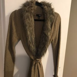 Brown belted cardigan with fur collar